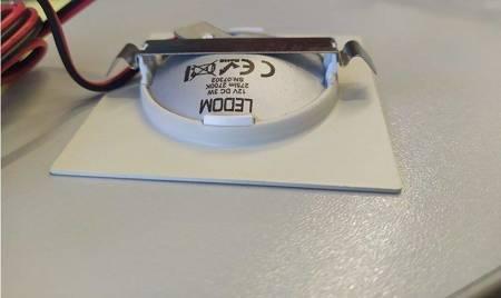 Oprawa meblowa LED kwadrat biała 12V DC 3W 275lm 2700K BC 80°