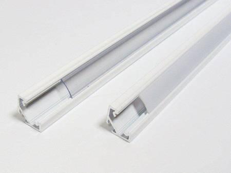 Profil narożny biały lakierowany typ C 2 metry